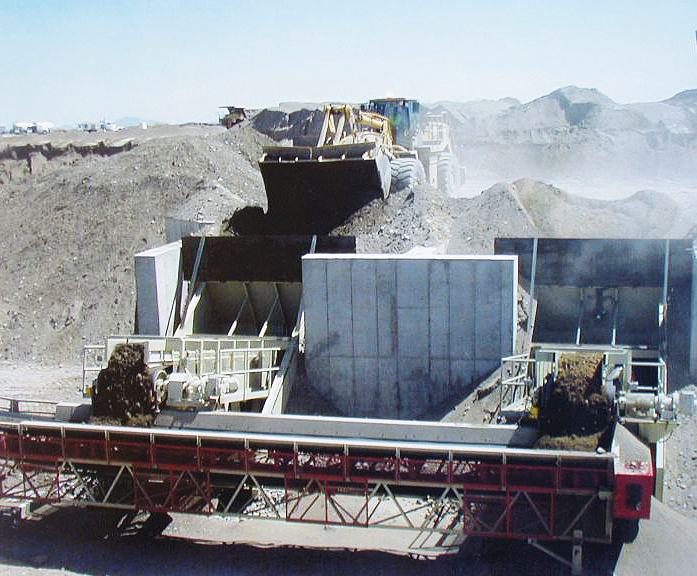 Dozer Traps feeding primary crusher